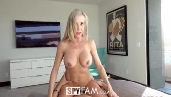 Sweet babe Raven Bay loves to fuck big